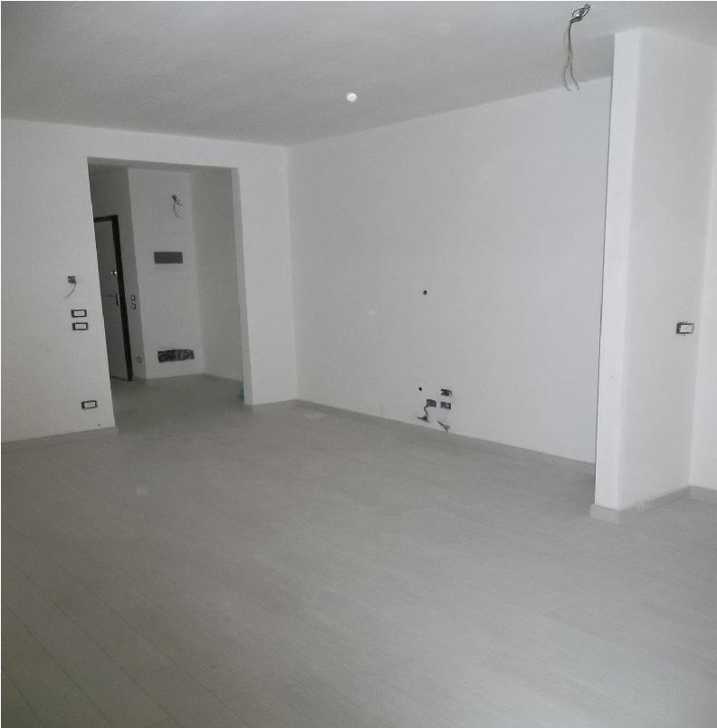 Appartamento via mazzini andria cod 017 immobiliare for Lorusso arredamento andria