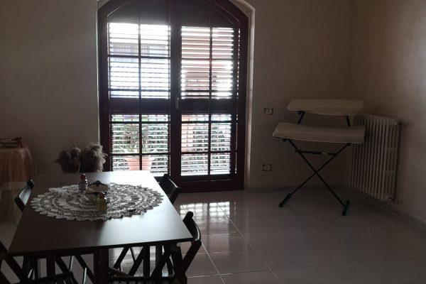 Cod. 169__RIBASSATO__ Appartamento al piano  RIALZATO - Zona Croci – Andria –